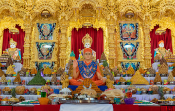 Diwali and Hindu New Year Celebration at Shree Swaminarayan Kingsbury