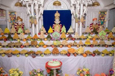 Annakut darshan at Shree Swaminarayan Mandir Kadi