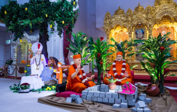 Anniversaries of Shree Swaminarayan Mandir Maninagar and Acharya Swamishree's Investiture 2018