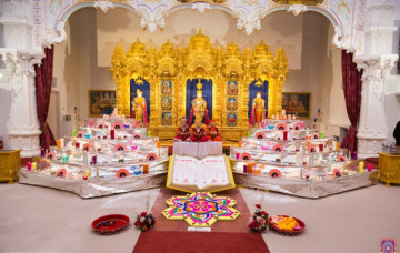 Diwali and Shree Sadguru Din Celebrations at Shree Swaminarayan Mandir Kingsbury