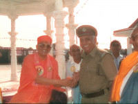 Smruti Mandir opening was performed on 15th September 1991 in the presence of the Vice President of India, Honourable Shree Sankardayal Sharmaji, and attended by India's leading ascetics and scholars.