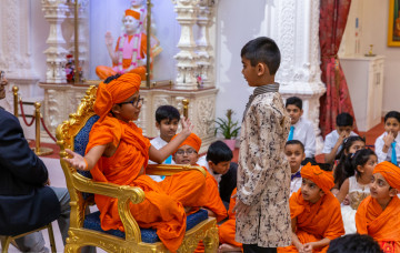 Swamibapa Gujarati School celebrates the centenary of Shree Swaminarayan Mandir Kadi