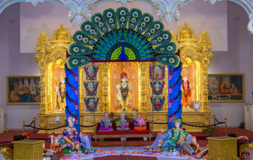 Hindola 2019 at Shree Swaminarayan Mandir Kingsbury