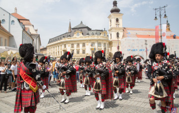 Shree Muktajeevan Swamibapa Pipe Band performs at Sibiu International Theatre Festival in Romania
