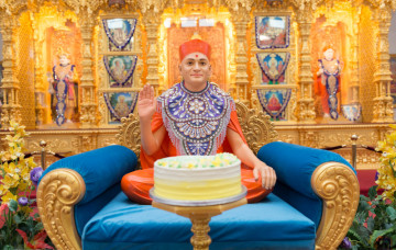 Sneh Sadbhav Parva - Acharya Swamishree Maharaj's 76th Manifestation at Kingsbury Mandir