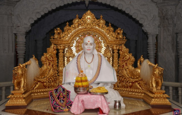 Patotsav of Shree Muktajeevan Swamibapa Smruti Mandir – World Peace Centre
